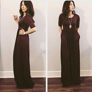 Dresses & Skirts - Charcoal brown side pocket maxi dress